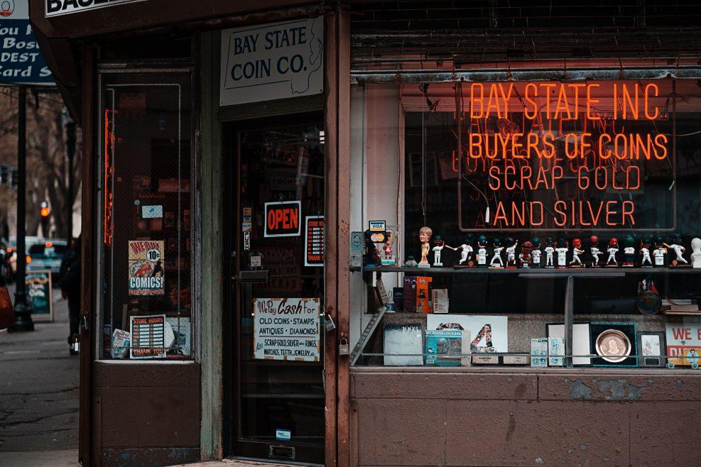 Открываем круглосуточный магазин: плюсы и минусы бизнеса
